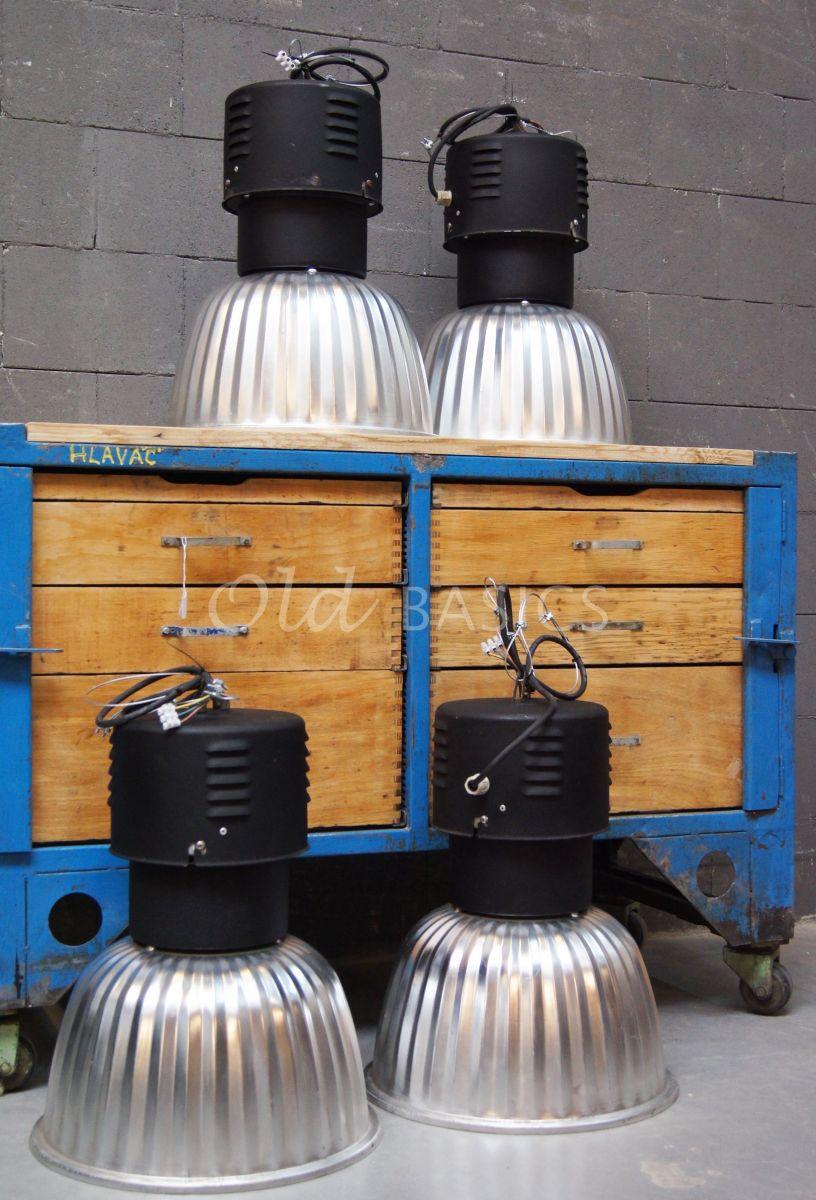 Industrielamp, zwart, metaal, materiaal staal