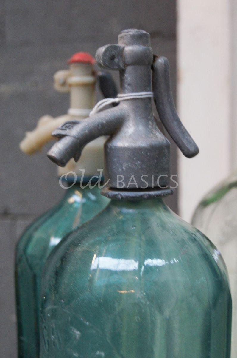 Detail van Spuitfles, groen, blauw, materiaal glas