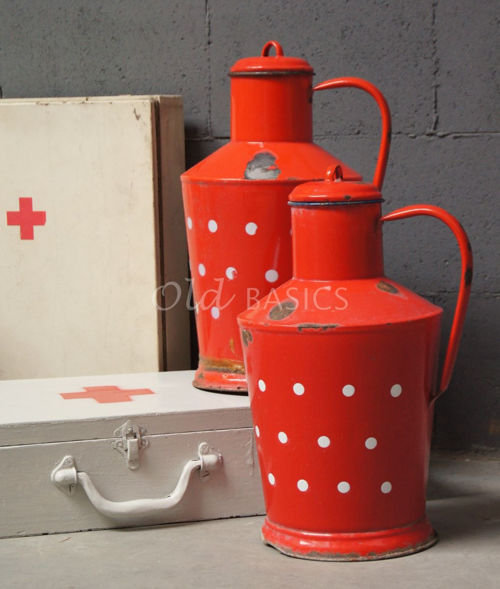 Emaille kan, rood, wit, materiaal staal