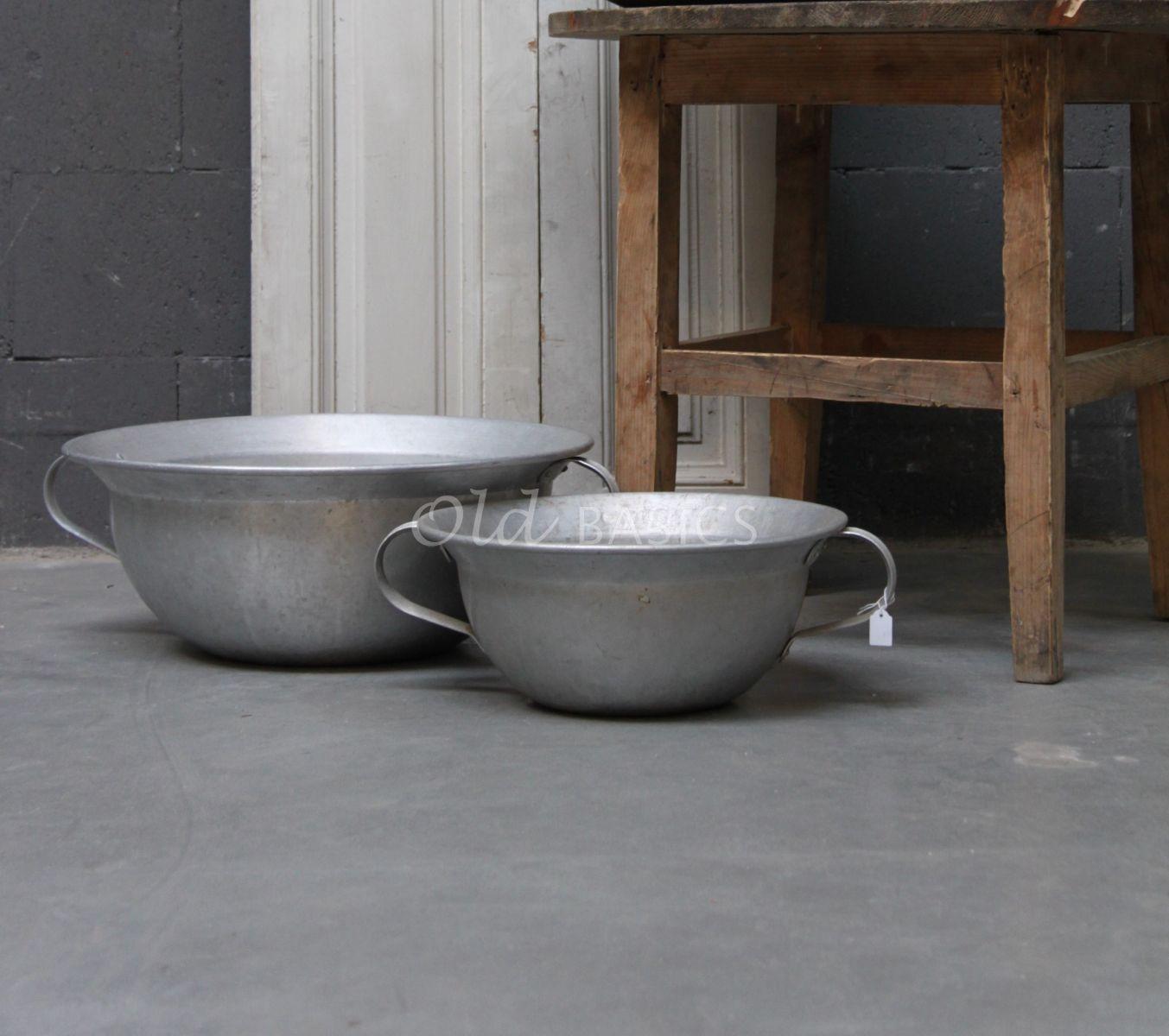 Schaal, zilver / ijzer, materiaal staal