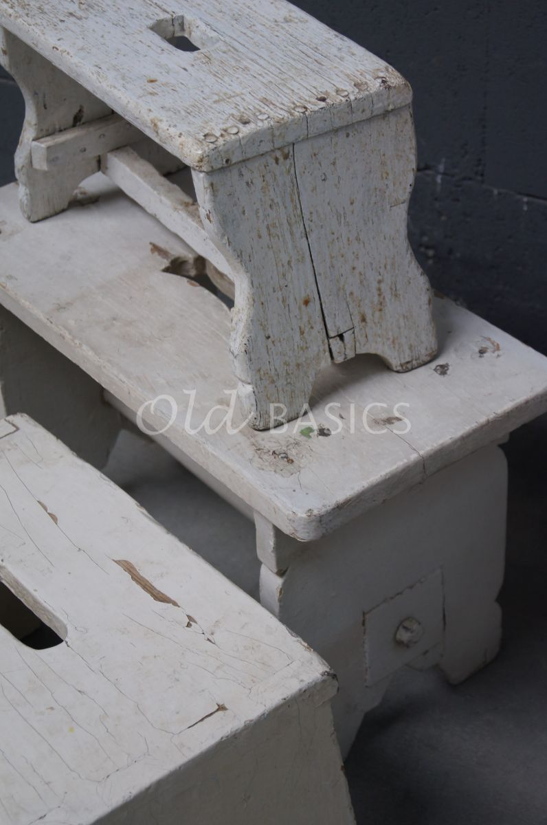 Detail van Krukje, wit, materiaal hout
