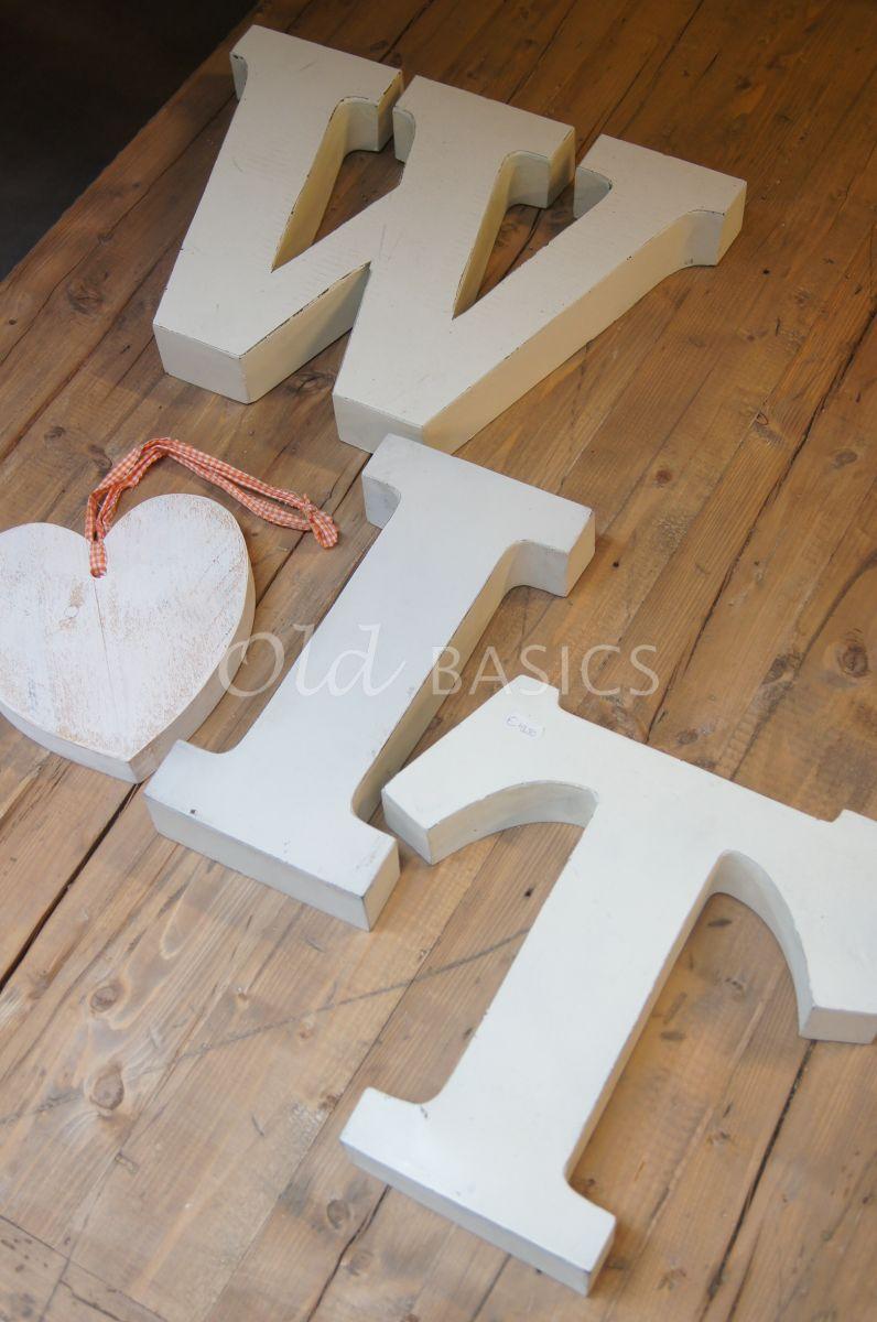 IJzeren letters, wit, materiaal staal