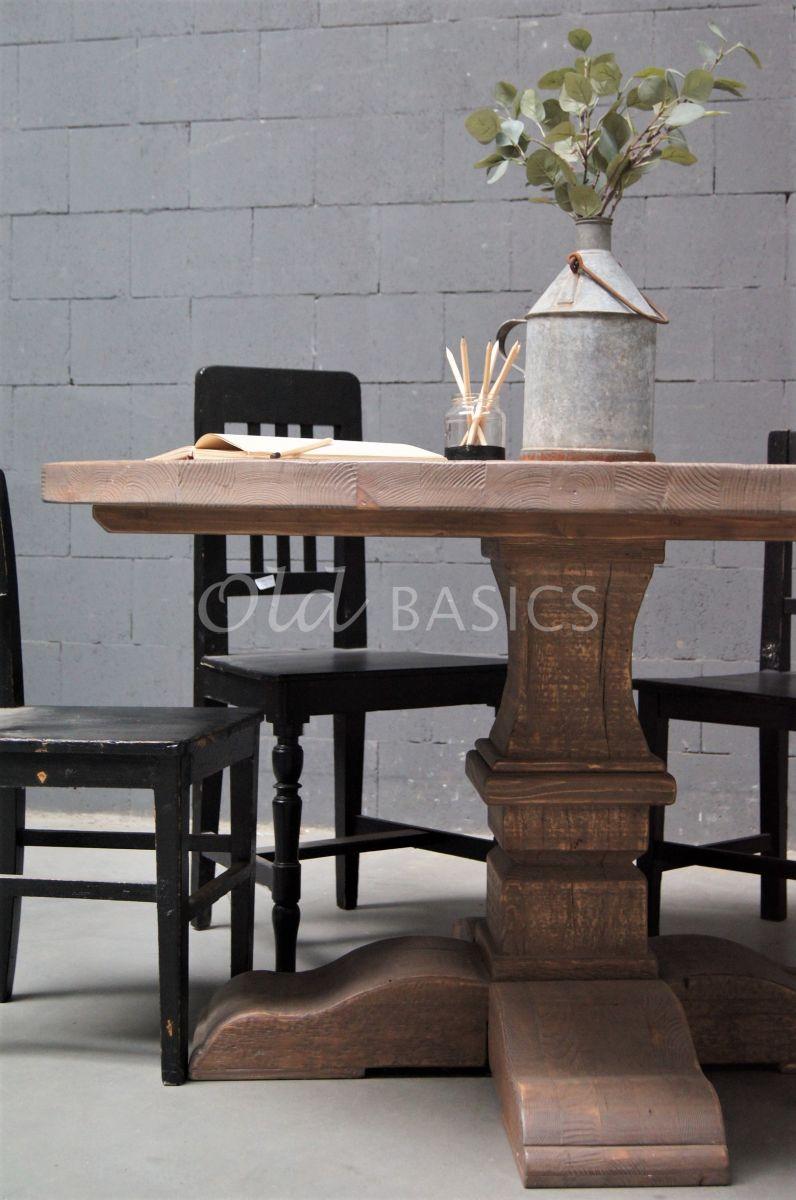 Detail van Kloostertafel, materiaal hout