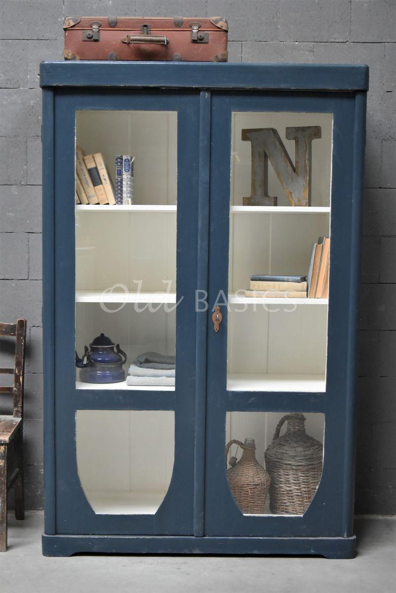 Detail van Vitrinekast, blauw, materiaal hout