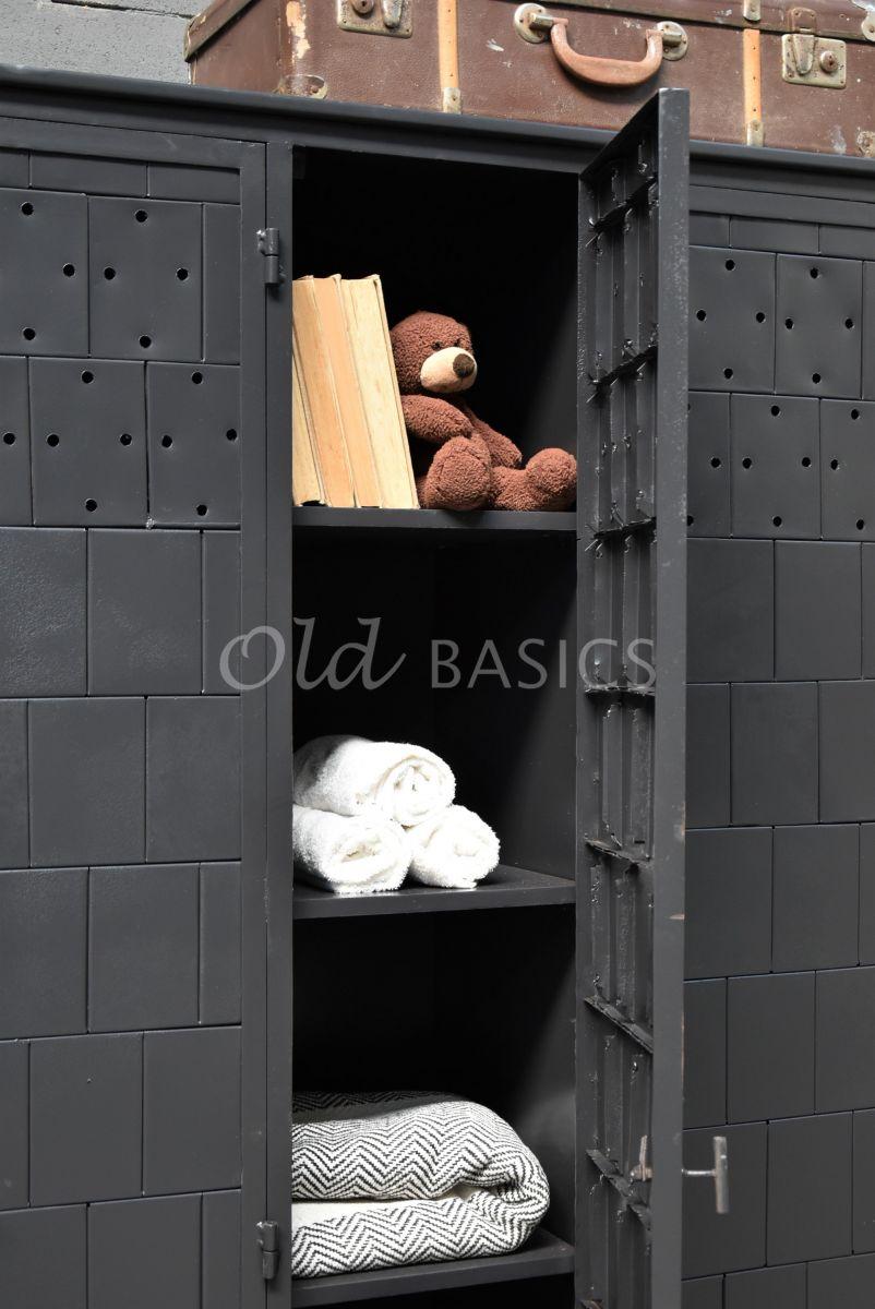 Detail van Lockerkast Cubiquezwartgrijs, zwart, grijs, materiaal staal