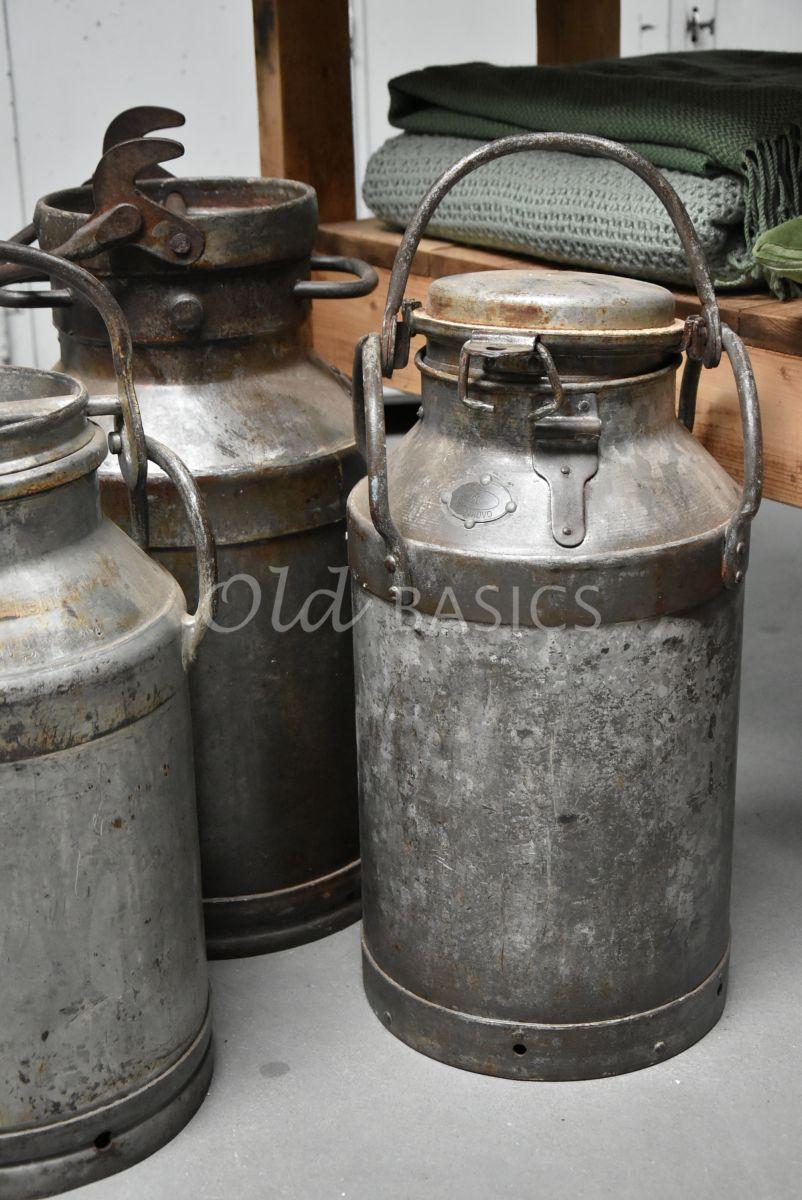Detail van Melkbus, metaal, materiaal staal