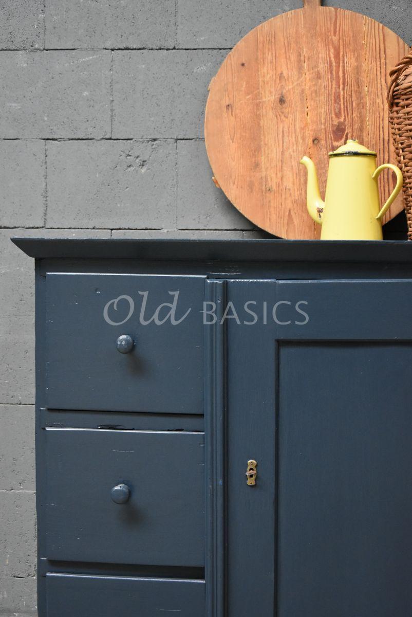 Detail van Broodkast, blauw, materiaal hout
