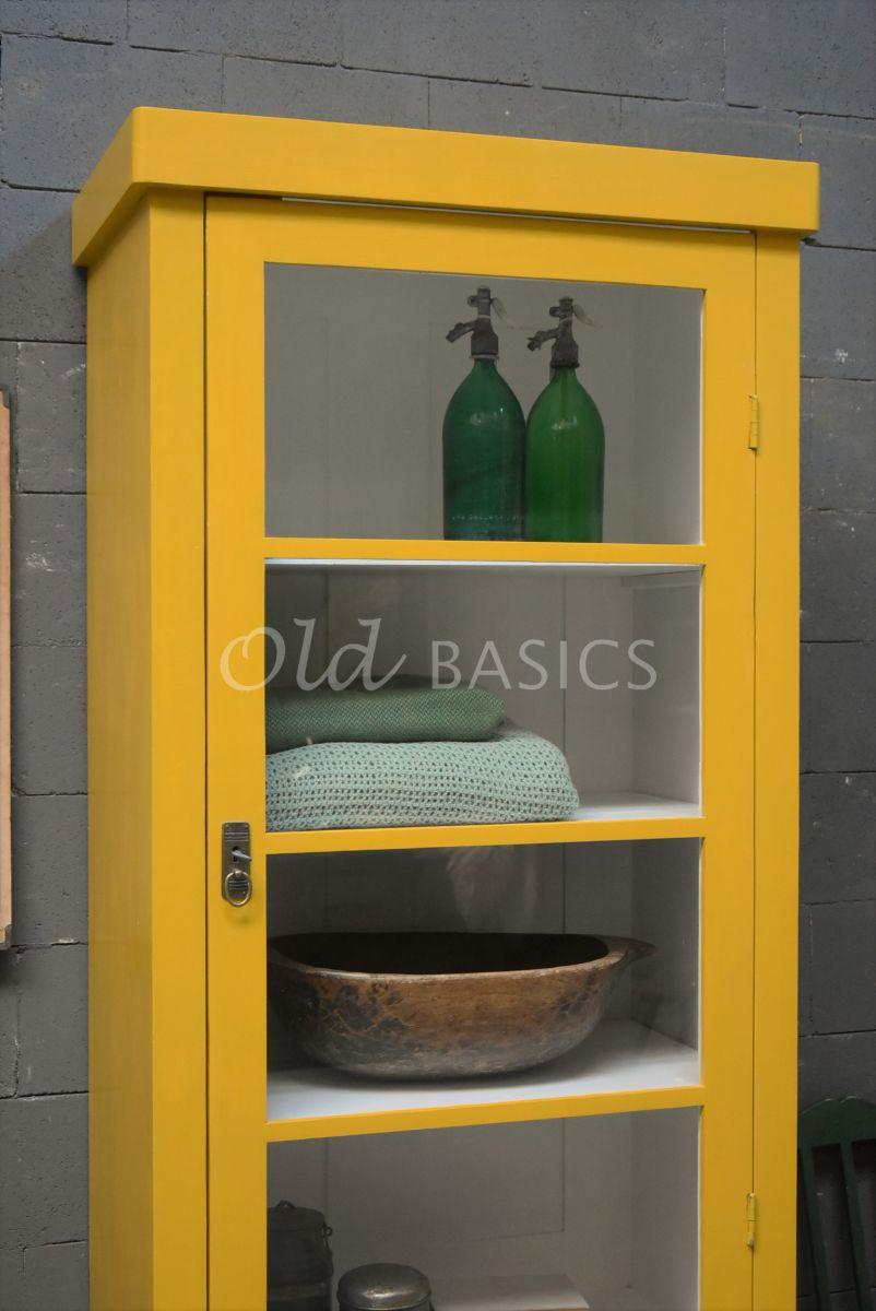 Detail van Vitrinekast Muret, 1 deuren, RAL1005, geel, materiaal hout