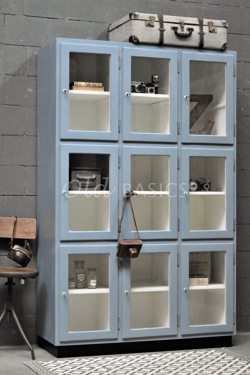 Lockerkast Vitrine, 3 deuren, RAL7000, blauw, grijs, materiaal hout