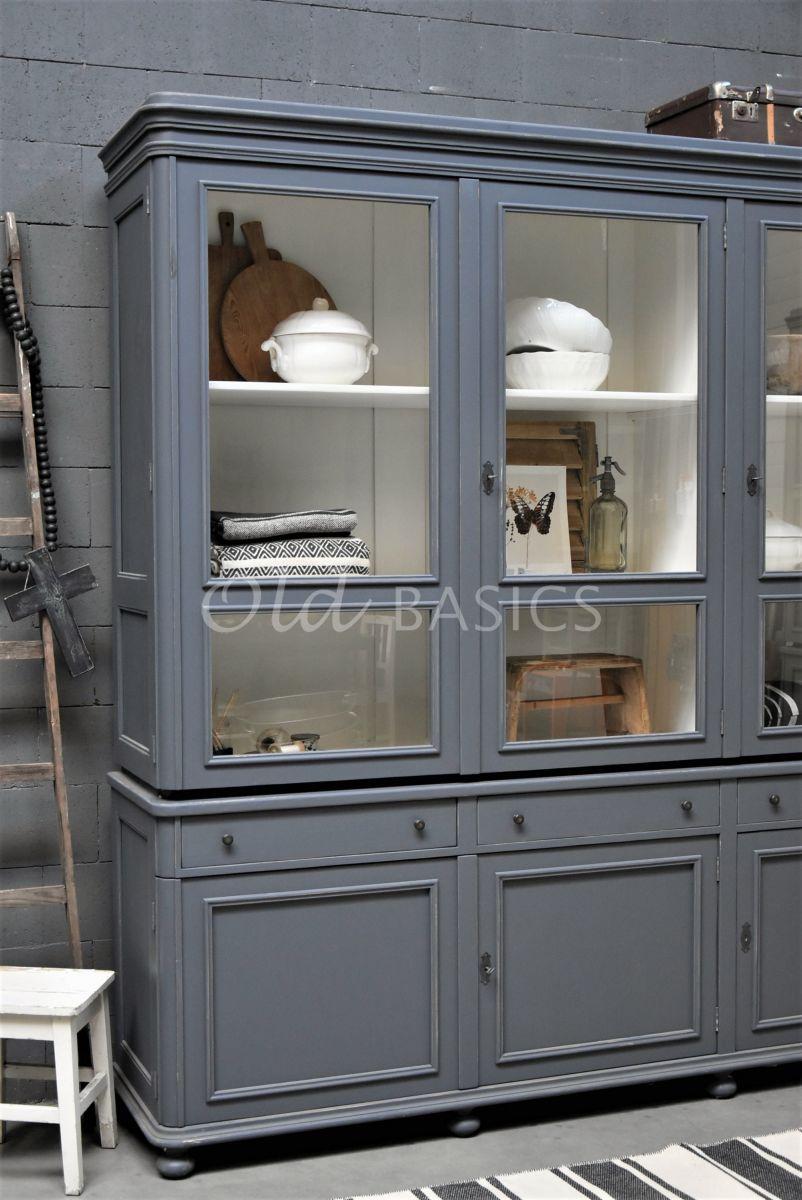 Detail van Vitrinekast Amiens, 3 deuren, RAL7015, grijs, blauw, materiaal hout