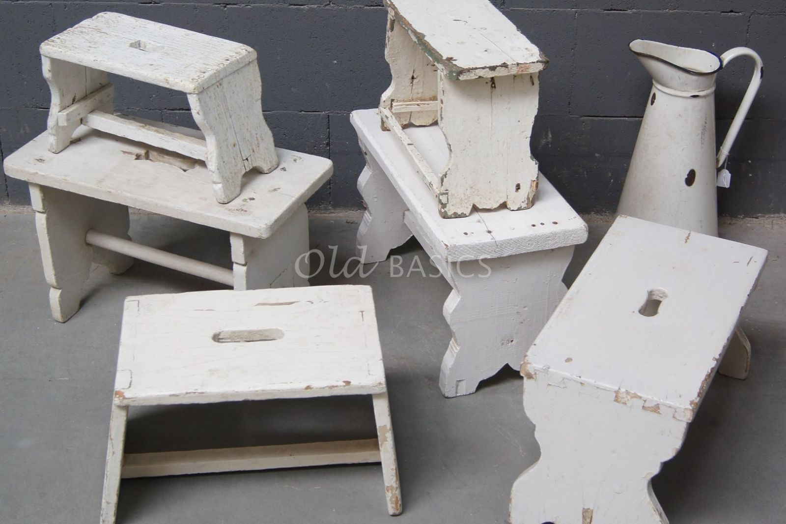 Krukje, wit, materiaal hout