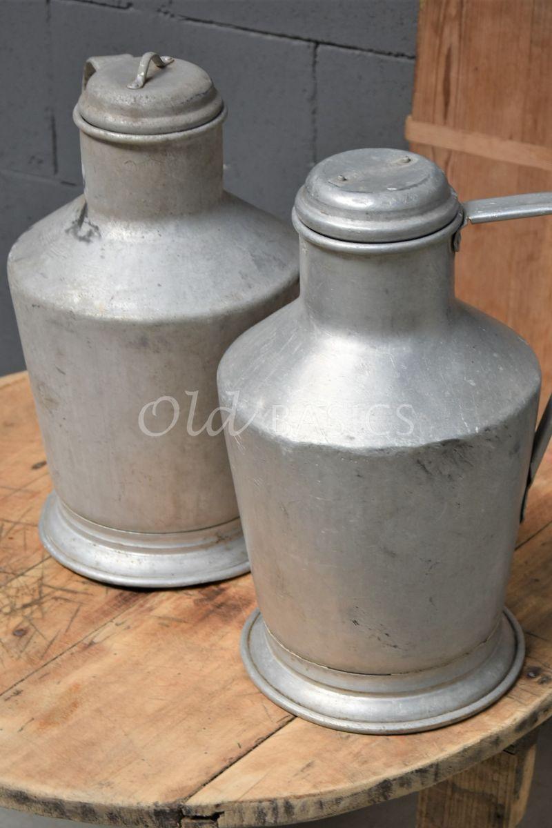 Detail van Metalen kan, metaal, materiaal staal