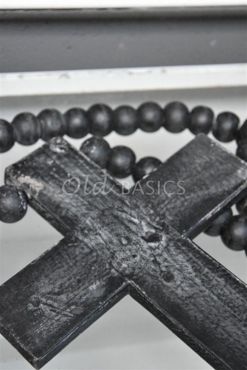 Detail van Ketting met kruis zwart, zwart, materiaal hout