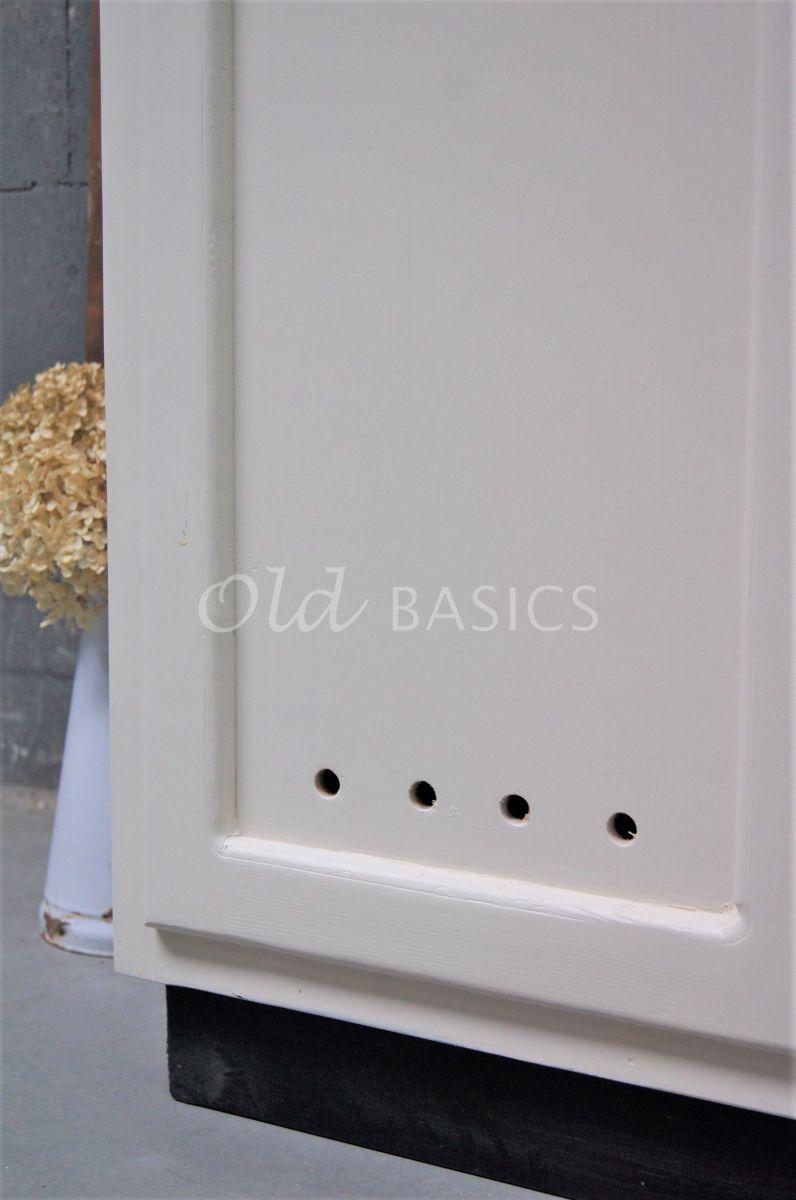 Detail van Lockerkast Numero, 3 deuren, RAL1013, wit, materiaal hout