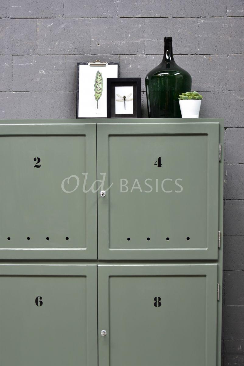 Detail van TVkast Numero, RAL2, groen, grijs, materiaal hout