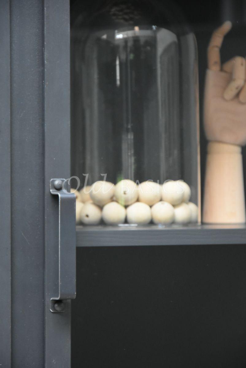 Detail van Apothekerskast Demi STEEL, 3 deuren, blauwstaal, materiaal staal