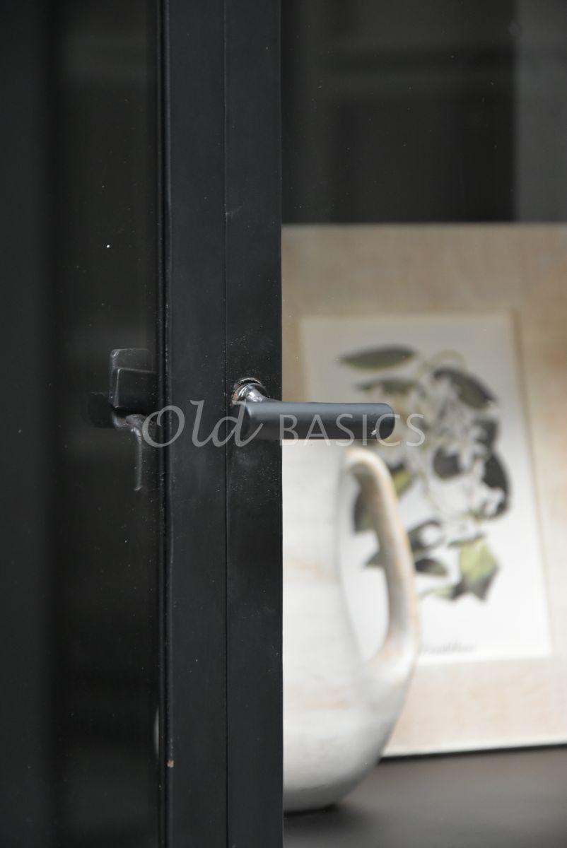 Detail van Apothekerskast Ilya Noir, zwart, materiaal staal