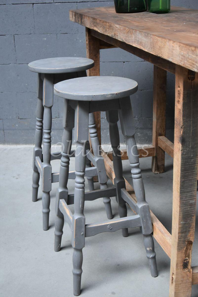 Detail van Kruk, grijs, materiaal hout