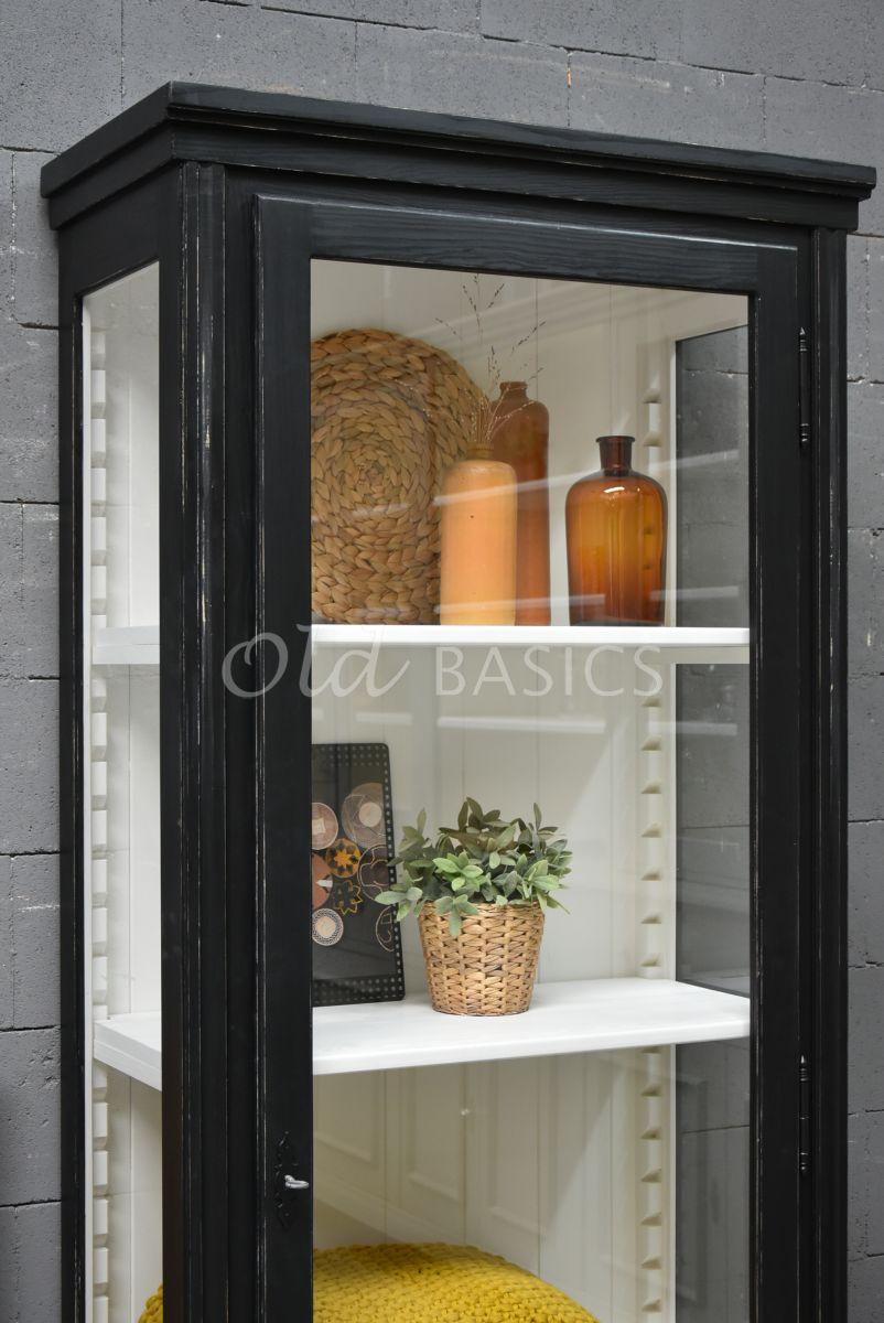 Detail van Vitrinekast Artistique, 1 deuren, RAL9005, zwart, materiaal hout