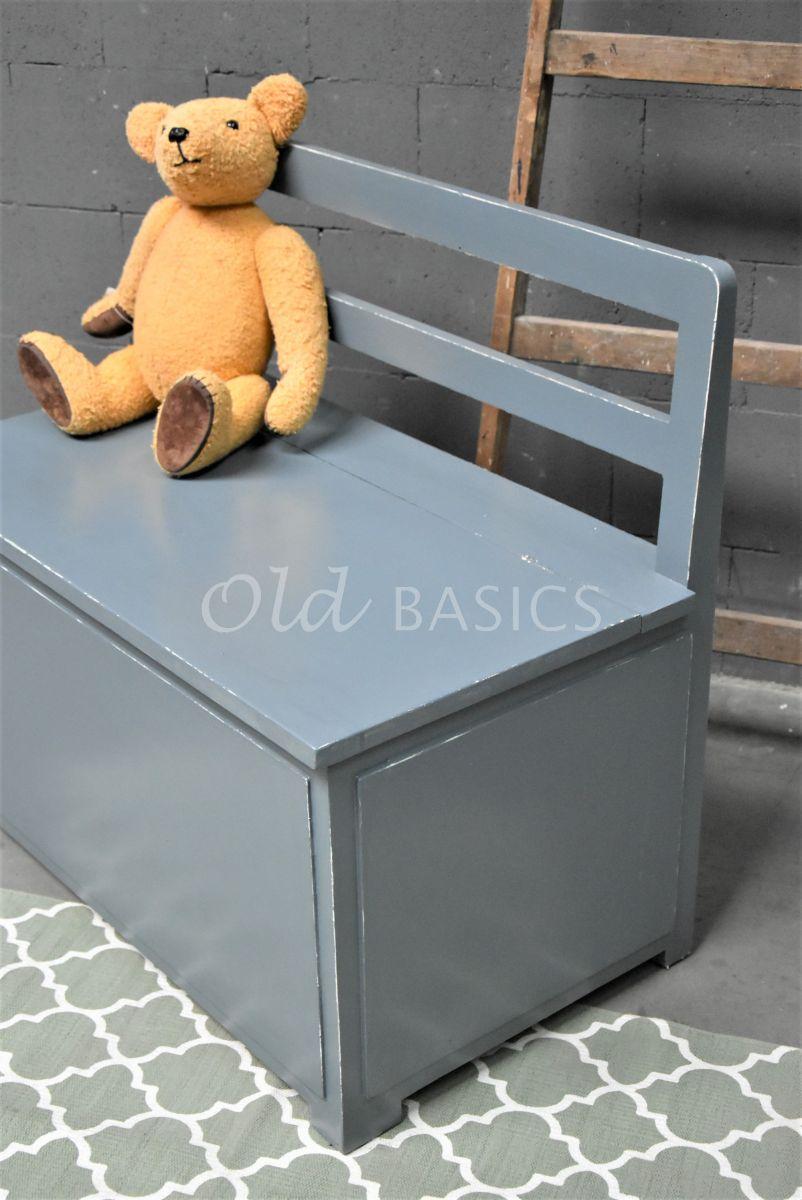Detail van Klepbank, blauw, grijs, materiaal hout