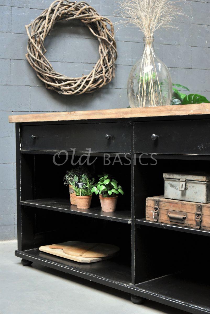 Detail van Toonbank, zwart, naturel, materiaal hout