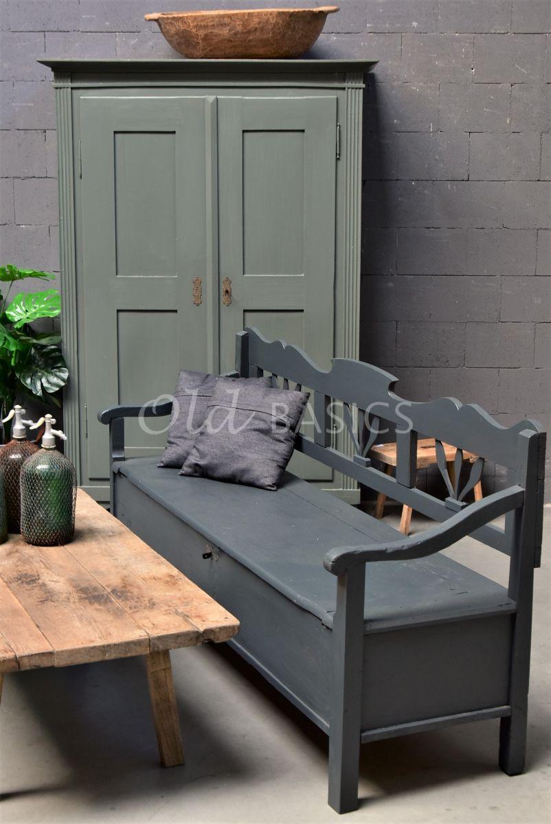 Klepbank, zwart, grijs, materiaal hout
