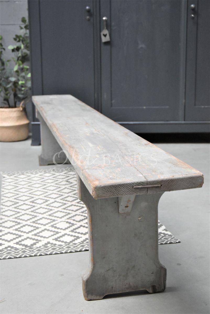 Detail van Houten bank, grijs, materiaal hout