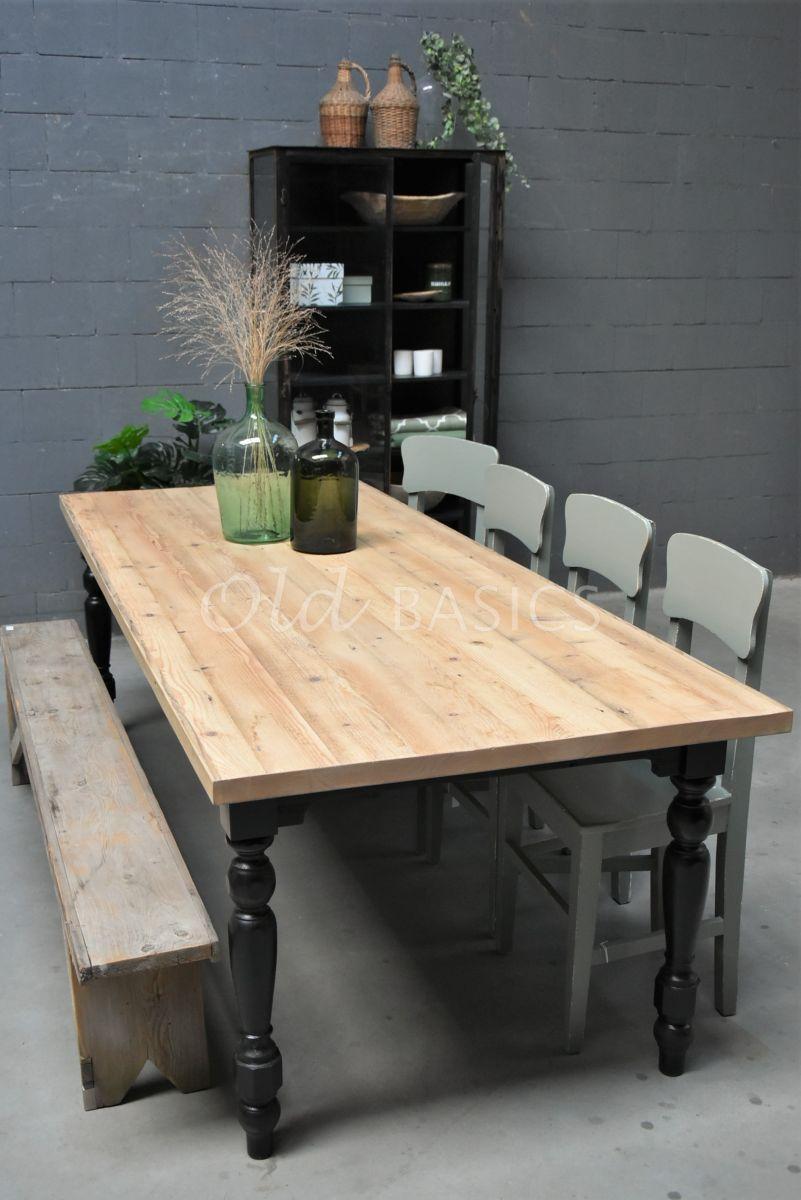 Eettafel Rustique (bol), RAL9005, wit, materiaal hout