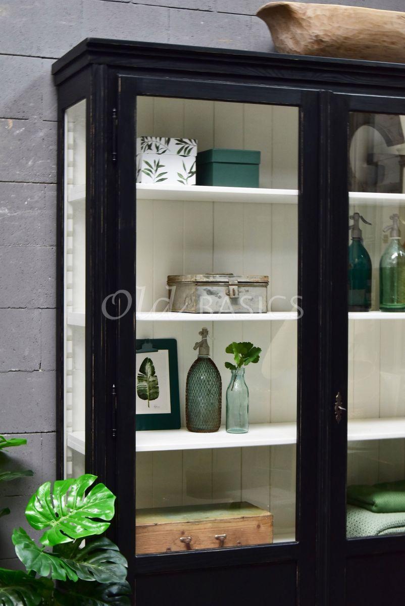 Detail van Vitrinekast Artistique, 2 deuren, RAL9005, zwart, materiaal hout