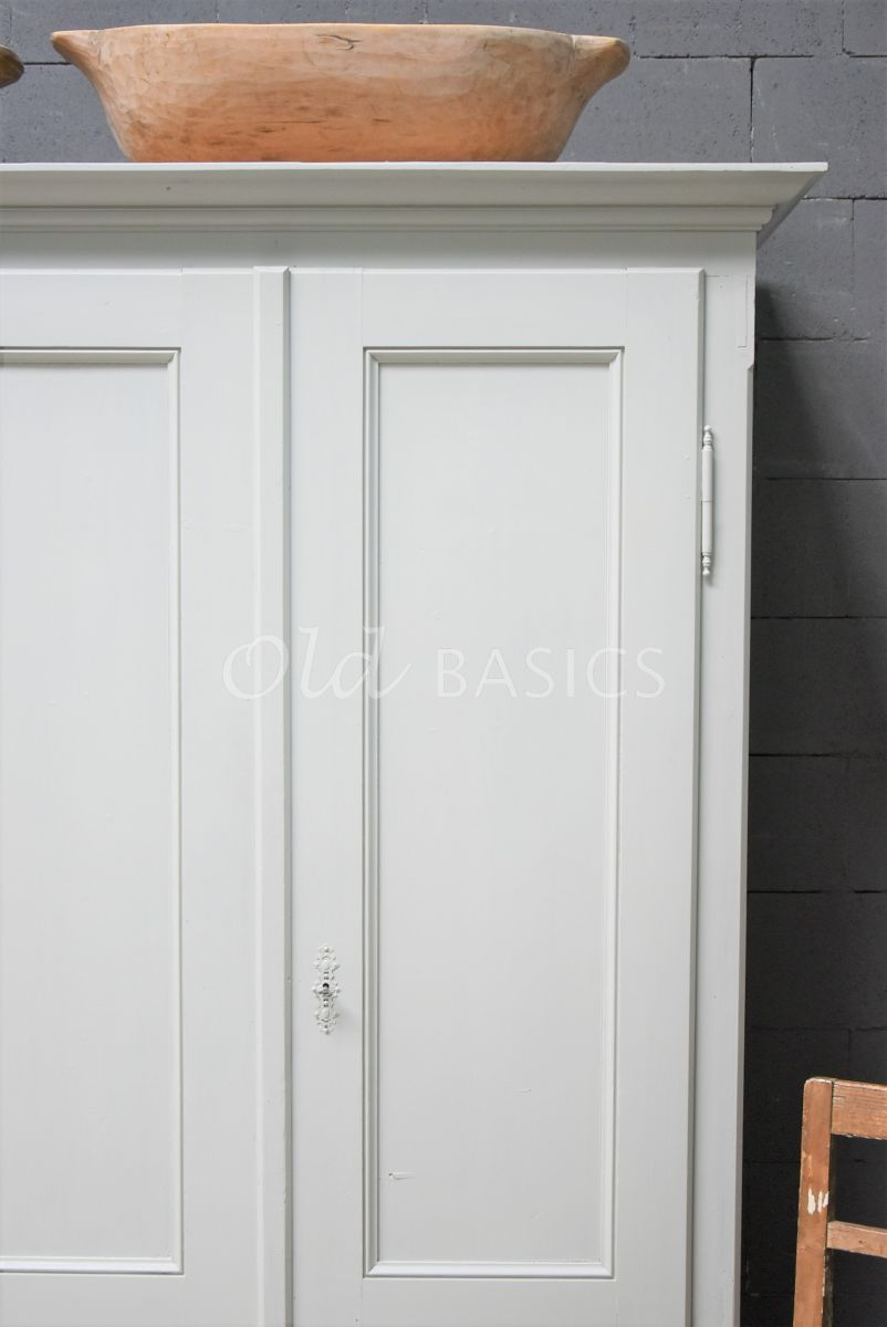 Detail van Kledingkast, grijs, materiaal hout