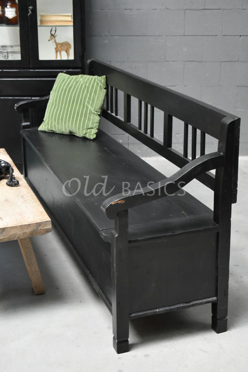 Detail van Klepbank, zwart, materiaal hout