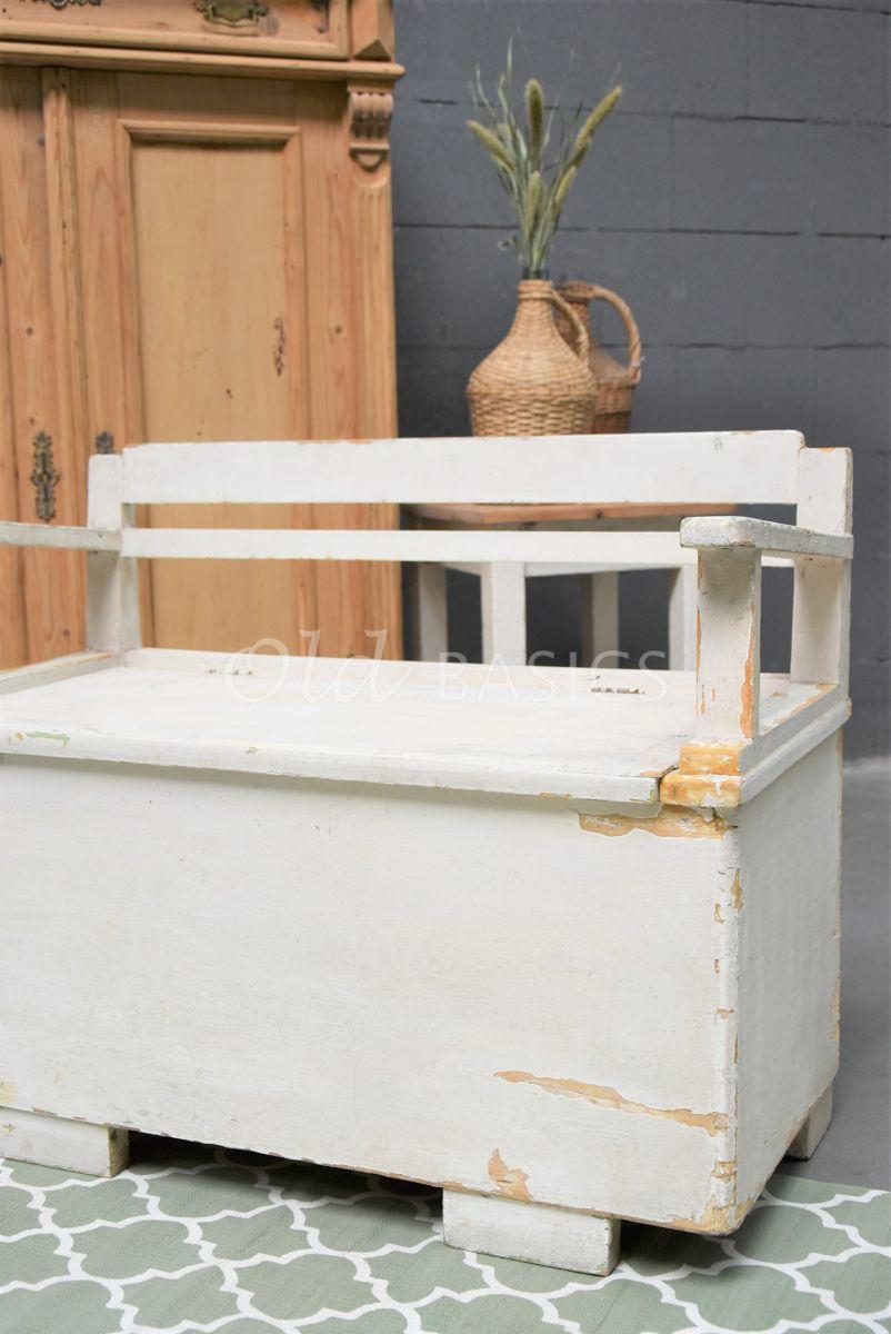 Detail van Klepbank, wit, materiaal hout