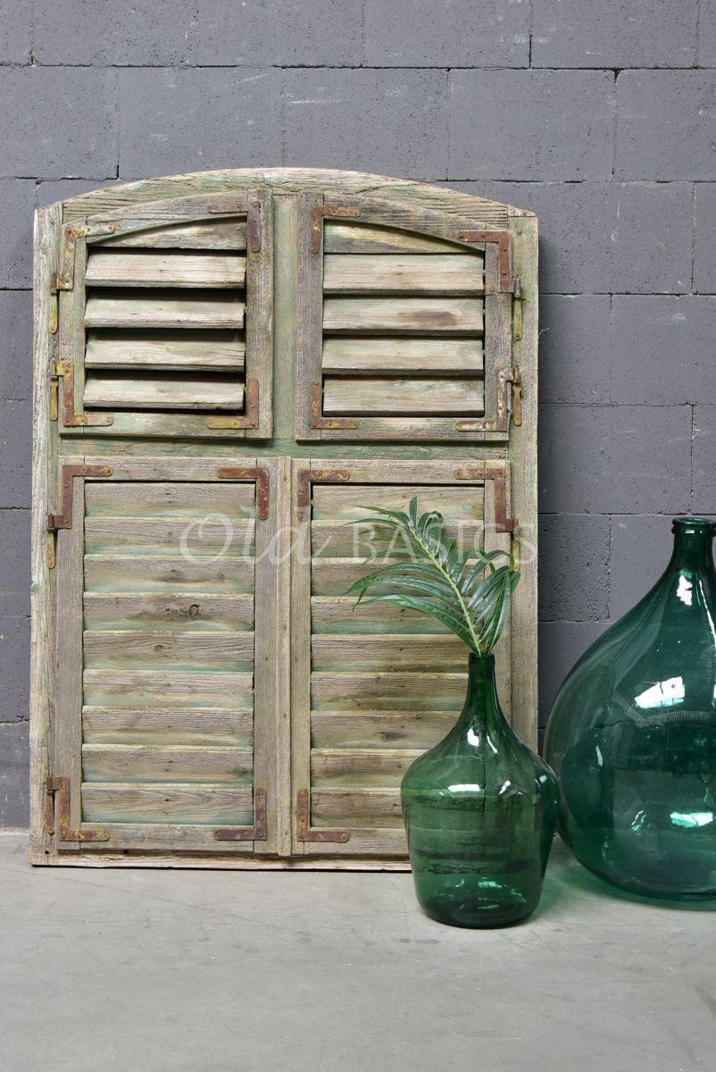 Detail van Luik, groen, naturel, materiaal hout
