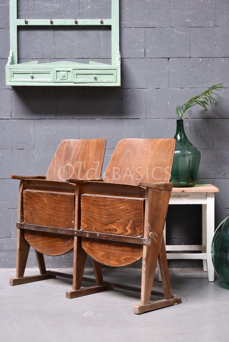 Detail van Brocante bioscoop stoel, naturel, materiaal hout