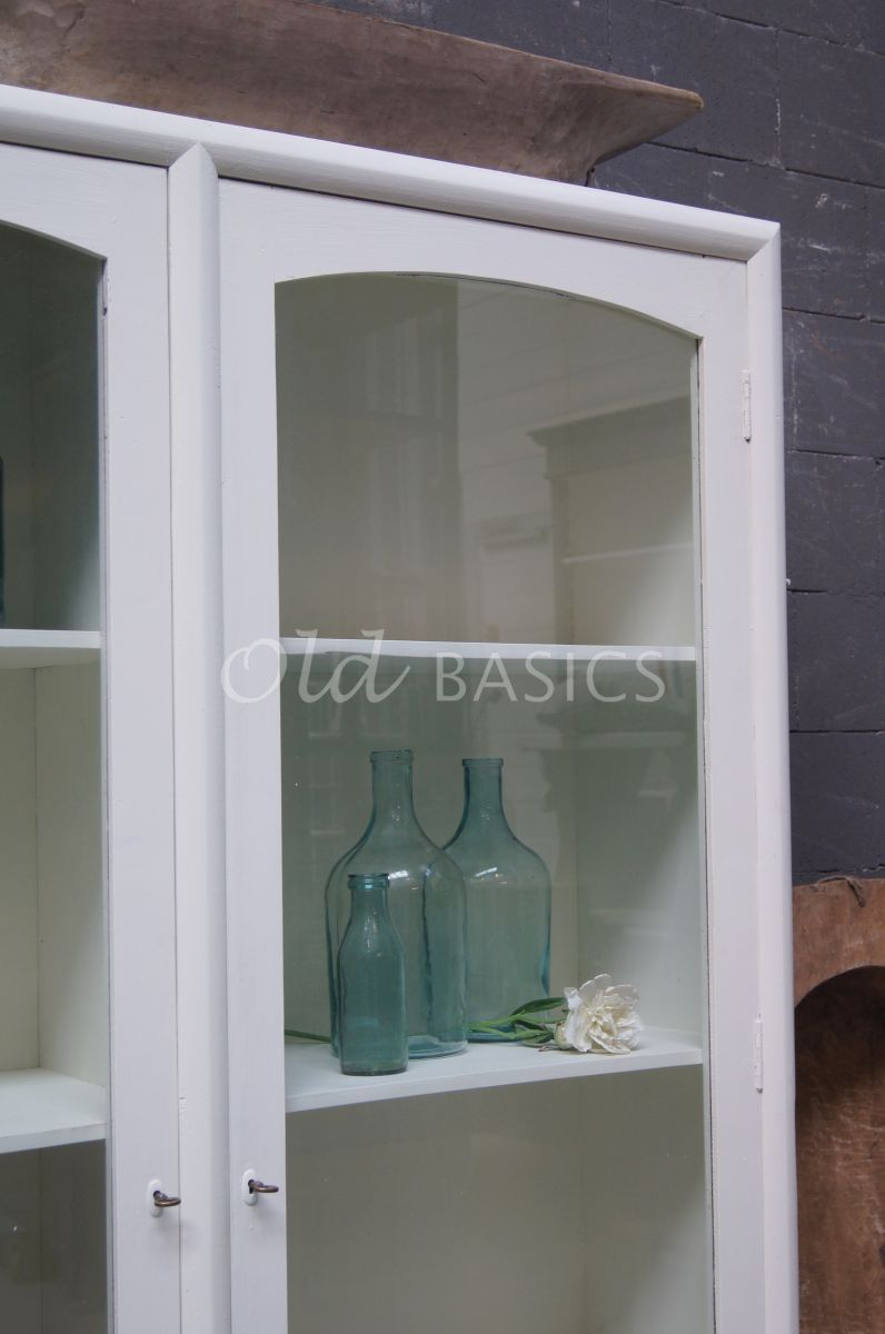 Detail van Vitrinekast Isa Wit, wit, materiaal hout