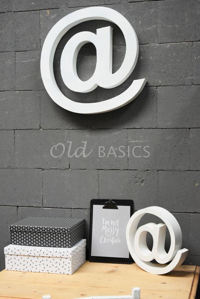 @teken groot wit, wit, materiaal staal
