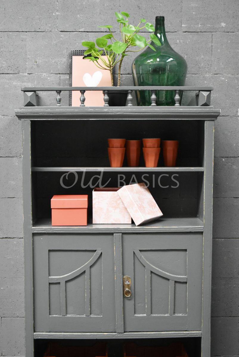 Detail van Boekenrek, grijs, materiaal hout