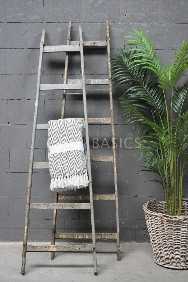 Houten ladder, blauw, grijs, materiaal hout